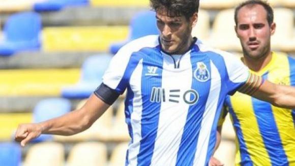 Benfica B vence FC Porto B com um 'bis' de Fábio Cardoso