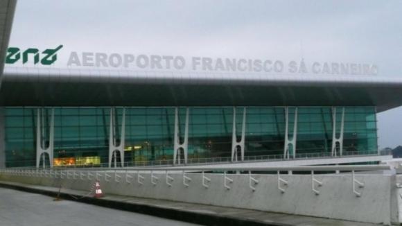 Trabalhadores do aeroporto do Porto em protesto contra parcómetros da Maia