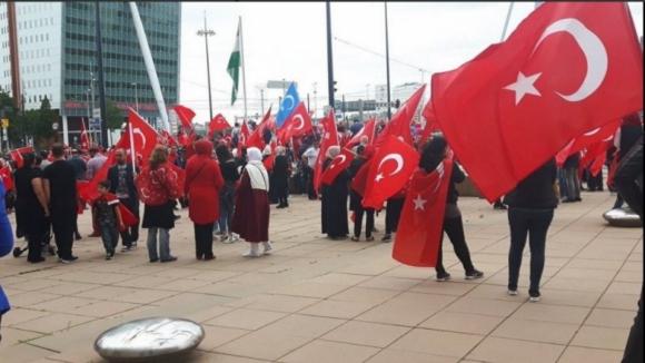 Autoridades turcas apelam à população para ficar mobilizada