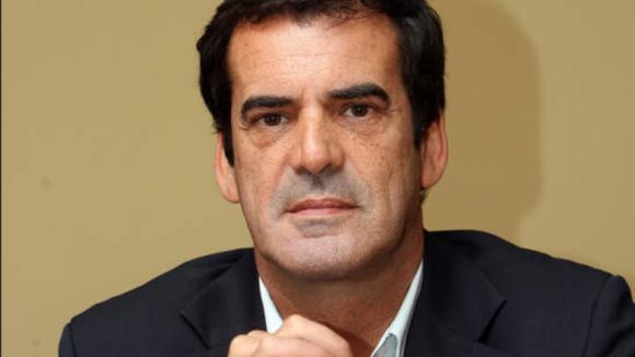 Rui Moreira passou procuração para Câmara do Porto negociar com empresa da famíla