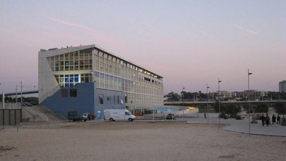 Edifício Transparente no Porto não tem comprador