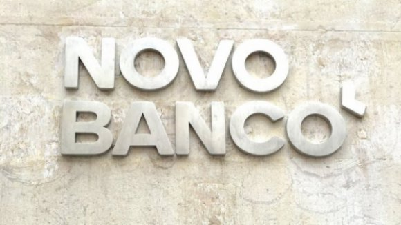 Lone Star diz que continua empenhado em comprar Novo Banco