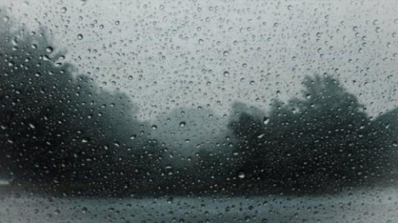 Chuva e descida da temperatura marcam início de semana e da primavera