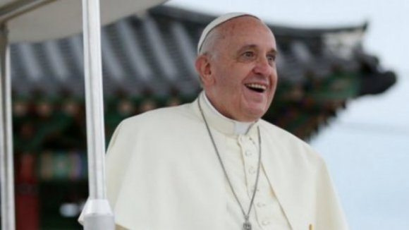Papa Francisco vai reunir-se com Marcelo e Costa e vai estar menos de 24 horas em Fátima