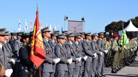 Porto recebe cerimónia militar comemorativa do Dia de Portugal