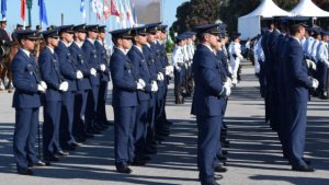 Parada militar no Molhe do Porto com 1.500 militares das Forças Armadas