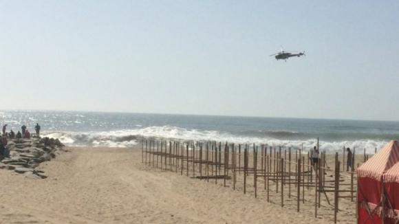 Buscas por jovens desaparecidos na praia de Espinho retomadas hoje à tarde