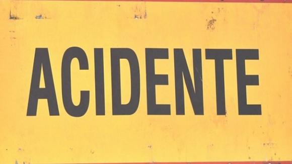 Colisão entre dois carros provoca quatro feridos ligeiros em Lousada