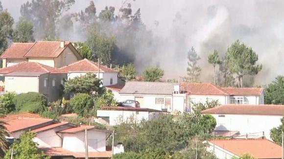 Casas evacuadas na Trofa e Maia, chamas já projetadas para Vale Pisão