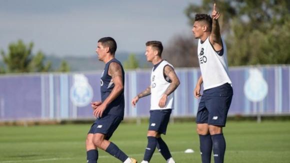 Plantel do FC Porto realizou segundo treino para a receção do Besiktas sem limitações