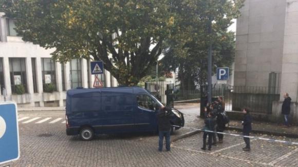 Suspeito de homicídios e outros crimes, Pedro Dias começa hoje a ser julgado na Guarda