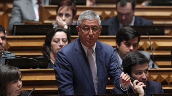 Fernando Negrão foi declarado eleito líder parlamentar do PSD com 39,7% dos votos