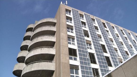 Suspeita de sarampo leva a internamento de funcionário do Hospital de Santo António. Há suspeita de mais20 casos idênticos
