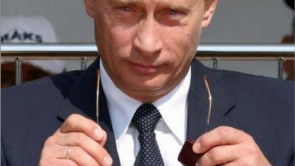 Moscovo volta à carga e anuncia expulsão de mais 59 diplomatas
