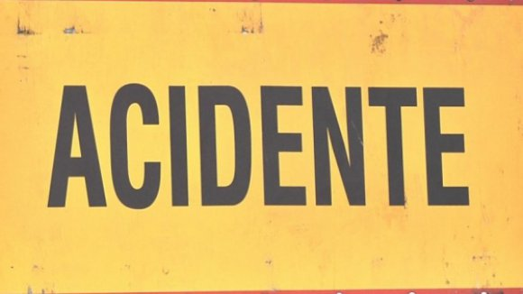 Acidente com vários veículos na Segundo Circular provoca um ferido