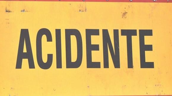 Colisão entre dois carros na Póvoa de Lanhoso provoca três feridos, um deles grave