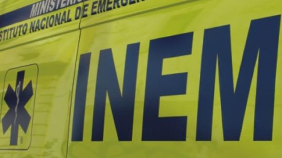 Colisão entre autocarro e ligeiro em freguesia de Matosinhos faz quatro feridos, um grave