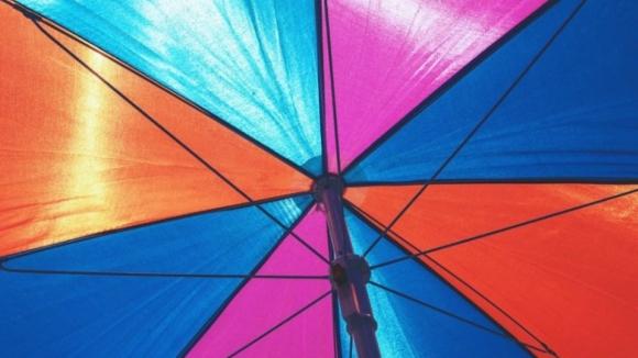 Todas as regiões do país apresentam risco muito elevado devido à radiação UV