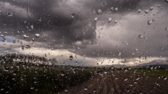 Nove distritos do continente sob aviso amarelo devido à previsão de chuva