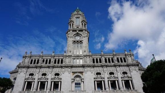 """Câmara do Porto diz que despejos em bairros sociais só com """"condenação em tribunal"""""""