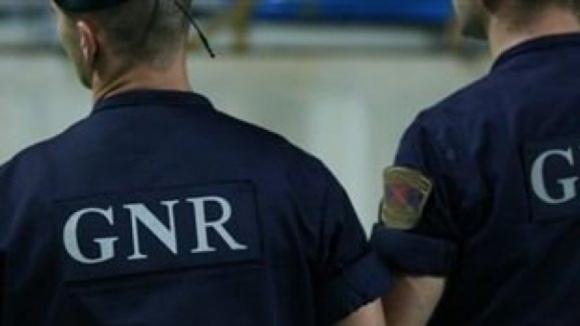 GNR procura homem suspeito de atear fogo à própria casa em Ponte de Lima