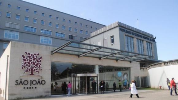 Hospital S. João produz mais cuidados, com menos espera e menos custos do que Lisboa Norte
