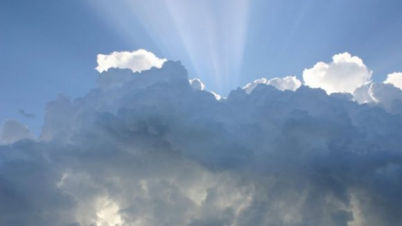 Nebulosidade e temperaturas abaixo dos 30 em quase todo o país até à próxima semana