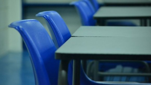 Escolas com orientações para não autorizarem férias para docentes sem notas entregues