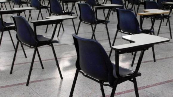 """PCP lamenta """"protelamento"""" do Governo face a professores e exorta cumprimento da lei"""