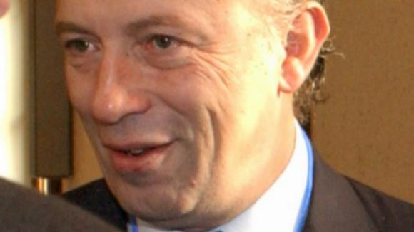 Santana Lopes sai do PSD e prepara-se para formar um novo partido liberal