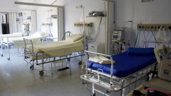 Metade dos portugueses sem acesso a reumatologista no serviço público