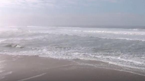 Paradas buscas no mar dos três pescadores desparecidos ao largo de Espinho