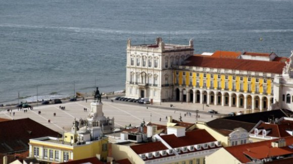Portugal revalida título de melhor destino do mundo nos 'óscares' do Turismo