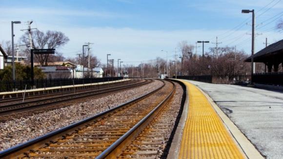 Todos os comboios de longo curso e regionais previstos até às 08:00 suprimidos