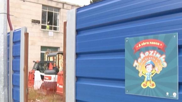 Câmara do Porto quer ceder por três anos ambulância para crianças da pediatria do S. João