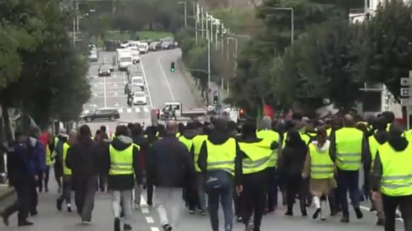 Coletes amarelos: Braga, Porto, Aveiro e Lisboa concentram protesto, mas com pouca adesão