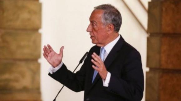 Marcelo concorda com fim das propinas e defende que educação é matéria de regime