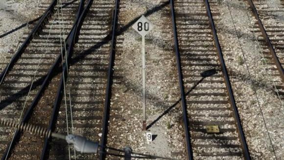 Linha do Norte cortada em Espinho devido a atropelamento mortal