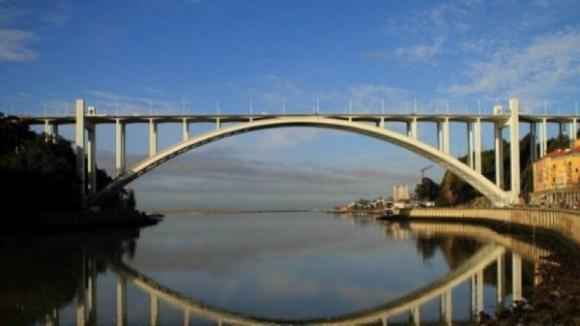 ZEP da Ponte da Arrábida publicada hoje limita altura de construções no Porto e Gaia
