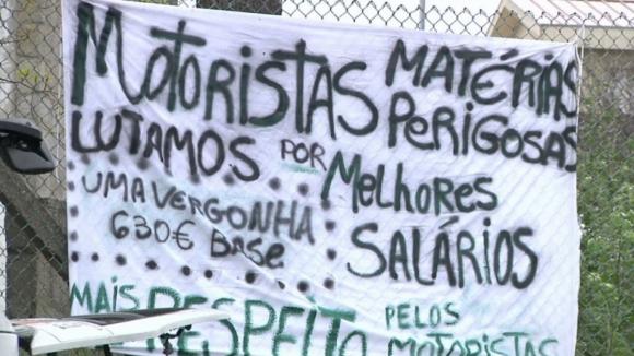 Sindicato dos Motoristas de Matérias Perigosas marca greve para 23 de maio