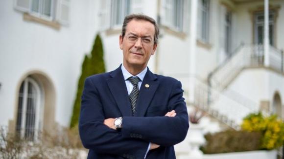 """Miguel Guimarães diz que os dadosdas listas de espera são """"desastrosos"""" e envergonham o país"""