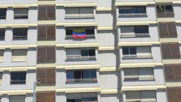Ministro do Ambiente diz que moradores do prédio Coutinho vão ser processados por lesar Estado