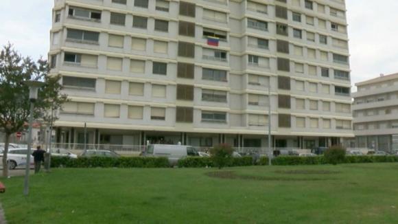 Número de moradores do prédio Coutinho desce de nove para sete
