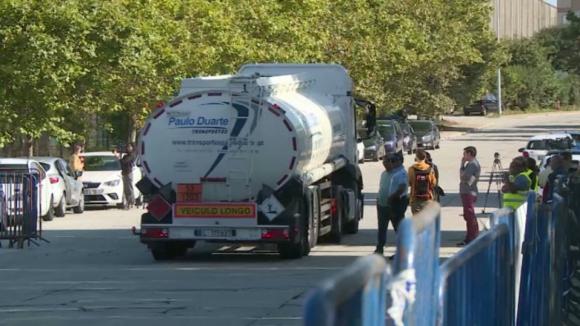 Sindicato do Norte diz que ninguém está a carregar ou a descarregar na refinaria de Matosinhos