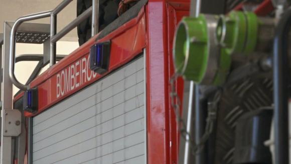 Mais de 10 horas depois, incêndio em Vila Real está em fase deresolução