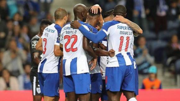 FC Porto vence Santa Clara no Estádio do Dragão por 2-0