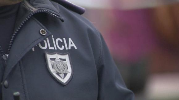 Homem de 41 anos agredido com x-ato em Vila Nova de Gaia