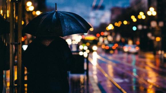 Porto, Viana do Castelo e Braga sob aviso laranja devido à chuva