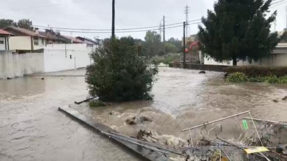 Distrito do Porto com 420 ocorrências em 24 horas por causa da chuva intensa