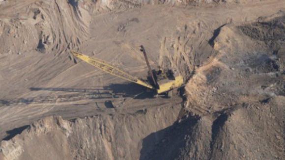 PAN quer audição urgente do ministro do Ambiente na AR sobre exploração de lítio e do aeroporto do Montijo